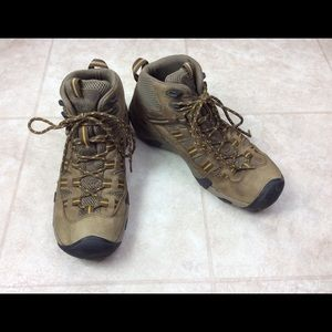 Keen Targhee Brown Mid Hiking Trail Boots